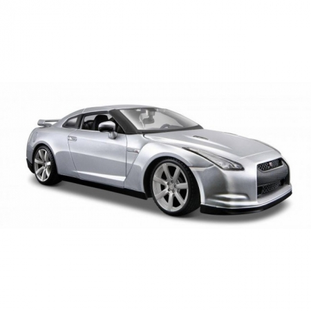 Автомодель 2009 Nissan GT-R (серебристый). MAI31294S
