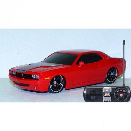 Автомодель на р/у 2006 Dodge Challenger Concept (красный). MAI81063R