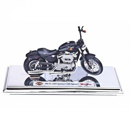 Модель мотоцикла Harley-Davidson 2008 XL 1200N Sportster 1200 Nightster. MAI39360-32