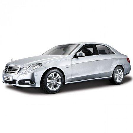 Автомодель (1:18) Mercedes-Benz E-Class (серебристый). Maisto 31172 silver