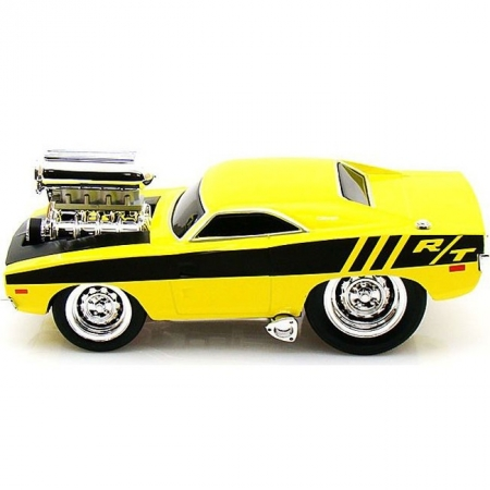 Автомодель (1:24) 1969 Dodge Charger R/T. Maisto 32235 met. yellow