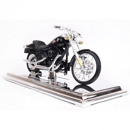 Модель мотоцикла (1:18) Harley-Davidson 2002 FXSTB Night Train, Maisto 39360-40