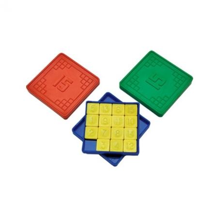 Игра-головоломка Пятнашки