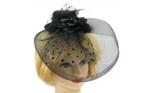 Шляпка с розой и вуалью черная